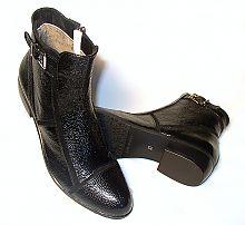 02.11.2012. осенние ботинки на каблуке и шнуровке.